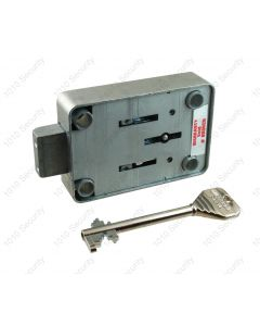 Lowe and Fletcher 3007 VDS Class 1, 8 lever lock with 2 x piped keys
